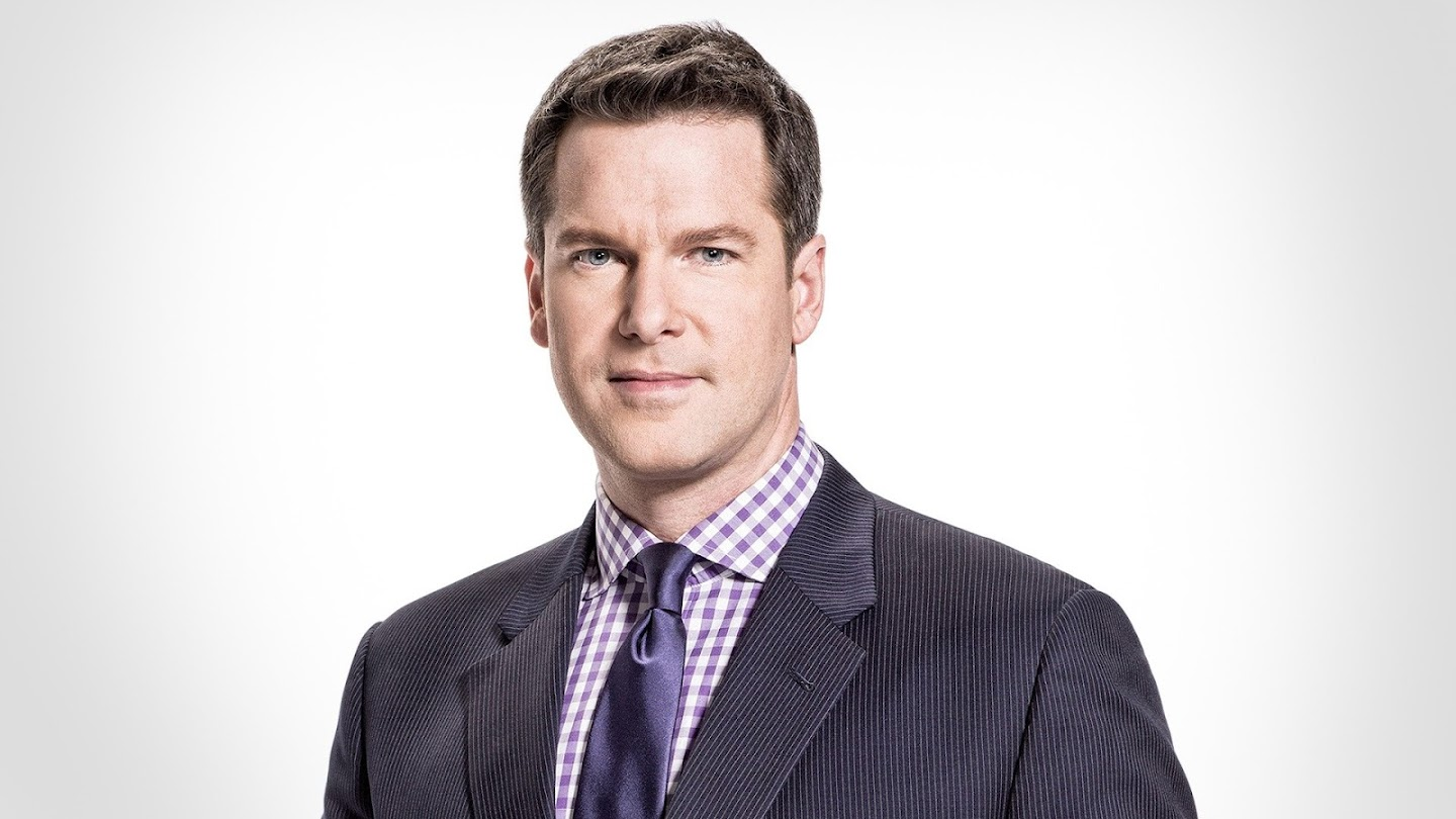 MSNBC Live With Thomas Roberts