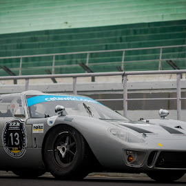 Ford Gt40 by José Borges - Sports & Fitness Motorsports ( classic, gray, gt40, ford, lemans,  )