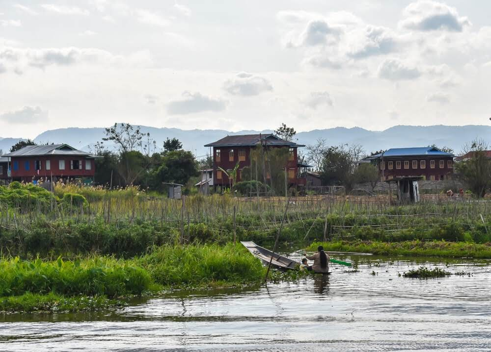 feature image for article on what to do in inle lake myanmar
