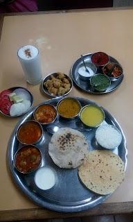 Sabar Veg Restaurant photo 2