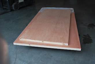 Photo: This is our sandwich panel with solid wood edging, note that the solid wood edging is sandwiched under the skins so the solid wood edging does NOT extend past the skins