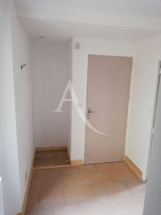 Location appartement 3 pièces 46,93 m2