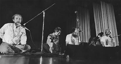 Photo: 1974年 バークレーでゲイリー、アレンらと詩の朗読会