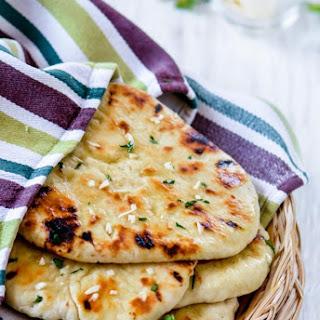 Homemade No Yeast Garlic Butter Naan.