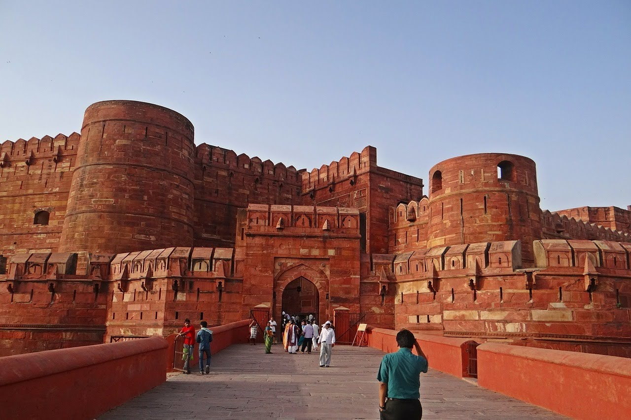 Agra Fort, Monuments of India List