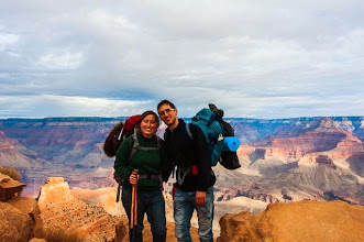 Photo: Daniele and Kait in the South Kaibab Trail down the South Rim of Grand Canyon National Park, Arizona, USA