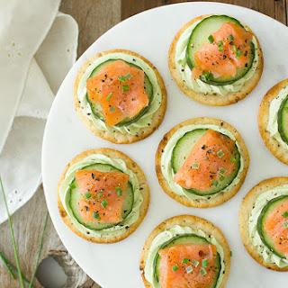 Smoked Salmon & Cucumber Bites with Avocado Cream Cheese