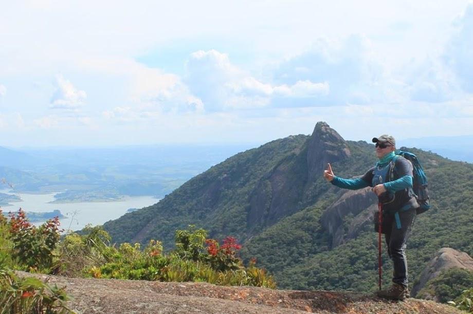 Pico do Lopo 1700m Divisa entre SP e Mg, Serra da Mantiqueira — em Extrema MG ou Joanópolis SP. Jean Marie Polli. Foto: Luciano Candido.