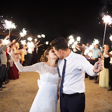 Wedding photographer Anton Popov (AntonP). Photo of 13.12.2016