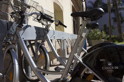 EL HOTEL - Bicicletas