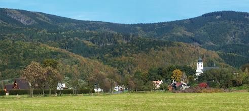 Photo: Kostel v Raškovicích a jeho okolí