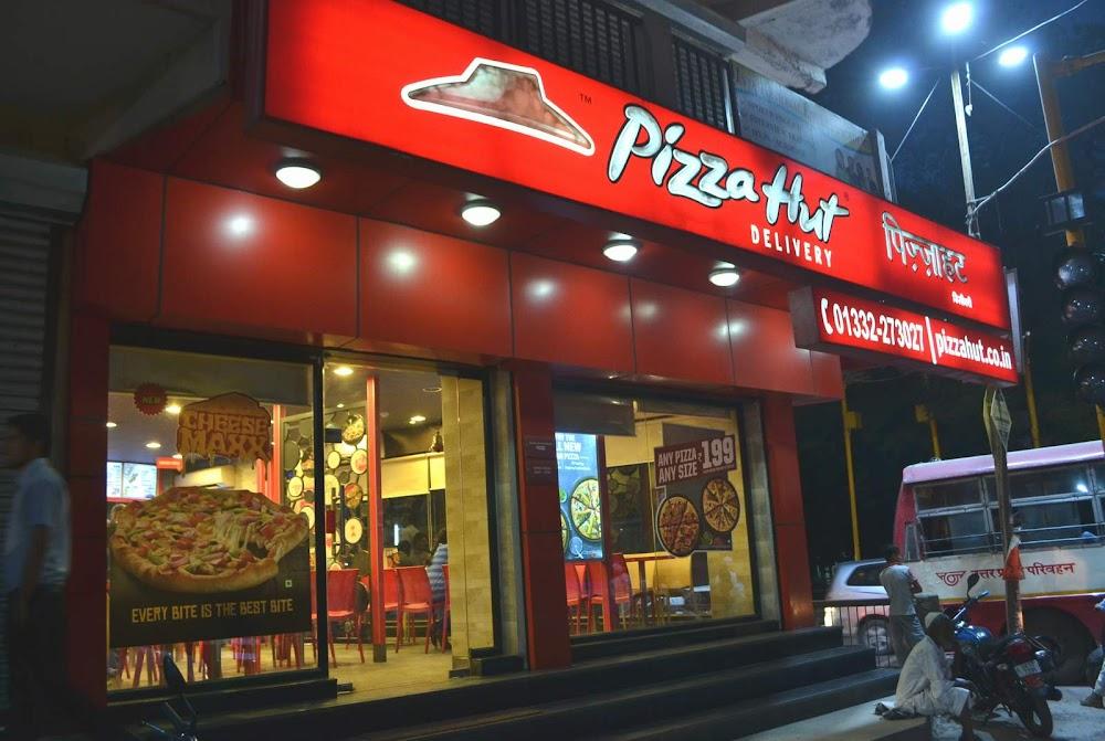 best_pizza_places_gurgaon_pizza_hut_image