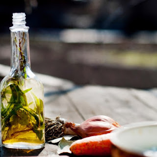 Slow Cooker Aromatic Vinegar
