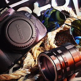 the camera by Tommy Zen - Artistic Objects Still Life ( stilllife, cameras, 600d, dslr, canon )