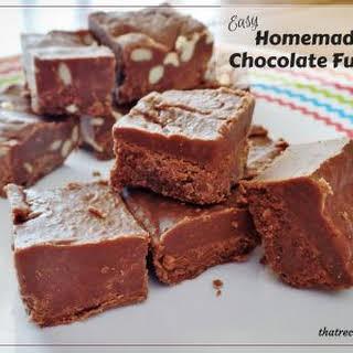 Easy Homemade Chocolate Fudge.