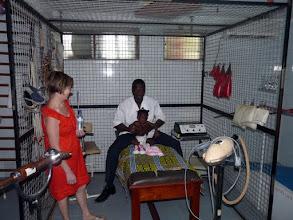 Photo: c'est la cas de ce cabinet de kinésithérapie transplanté d'Isigny à Cotonou