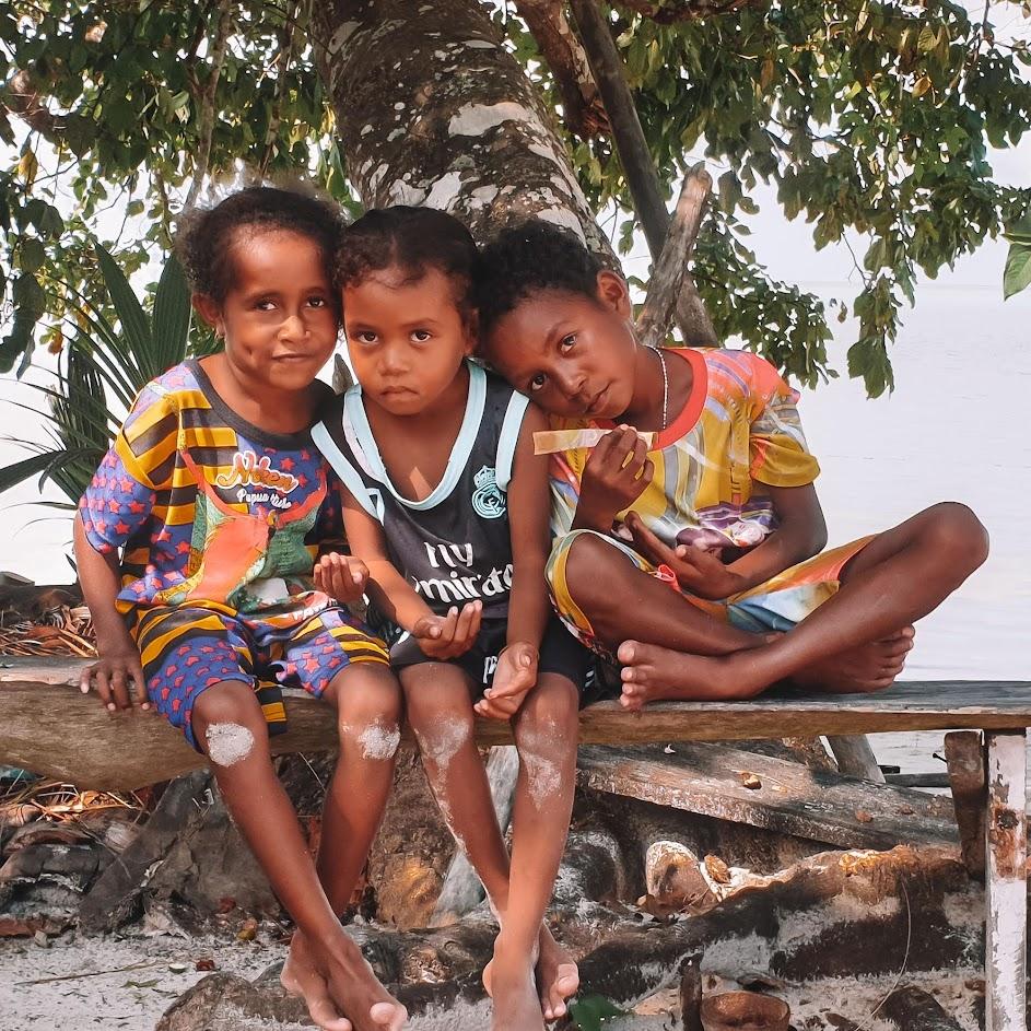Dias 130 a 133 - ILHAS PADAIDO, o paraíso esquecido nas águas da Papua | Indonésia