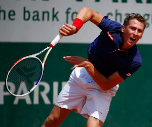 Kimmer Coppejans haalt set achterstand op en zet ook jonge Argentijn opzij in kwalificaties Roland Garros