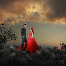 Wedding photographer Muhammad Mayonkie (moccachinostudi). Photo of 18.12.2014