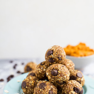 Pumpkin Chocolate Chip Cookie Energy Bites