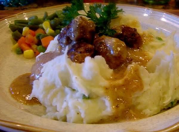 Meatballs And Gravy -- Bonnie's Recipe