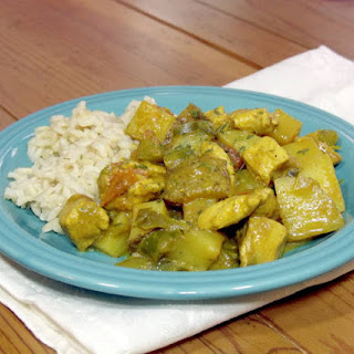 Kuku Paku (African Coconut Chicken Curry).