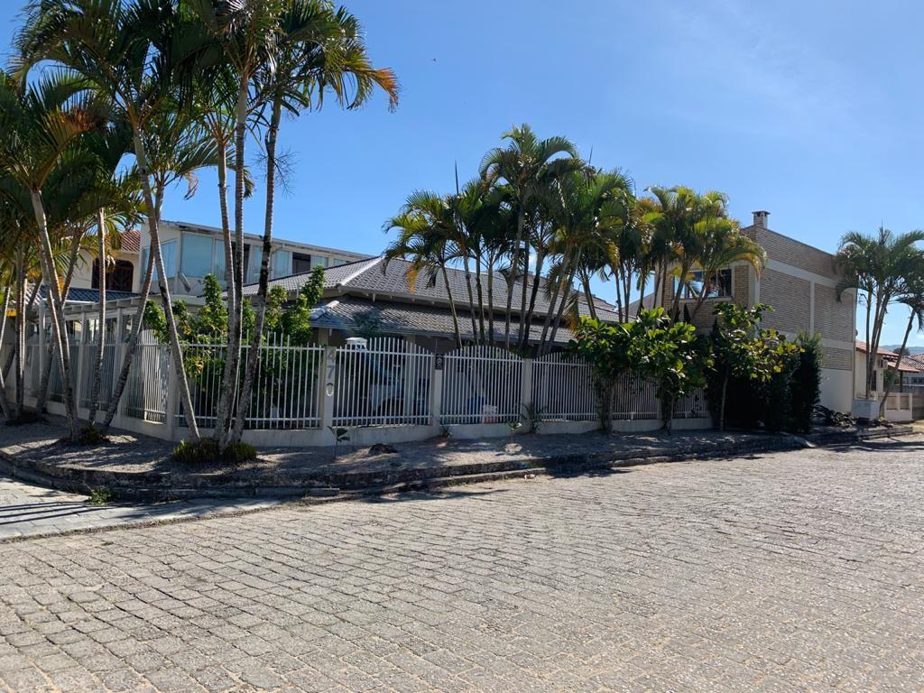 Casa com 4 dormitórios à venda, 460 m² por R$ 950.000 - Universitário - Tijucas/SC