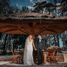 Wedding photographer Petronela Serbanescu (petronela_serba). Photo of 04.01.2016