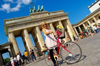 """Photo: """" Ania na rowerze przyćmiewa Bramę Brandenburską w Berlinie """" - Marcin"""