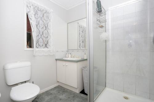Photo of property at 35 Bateman Grove, Hampton Park 3976