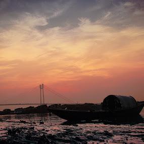 light on by Sayan Basu - Transportation Boats ( cloud )