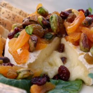 Baked Brie w/ Pistachios & Dried Fruit