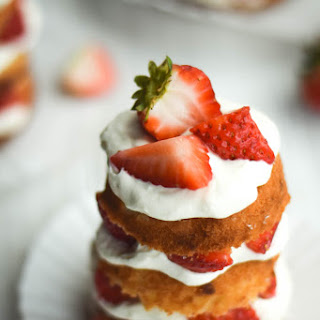 Mini Strawberry Cakes Recipes