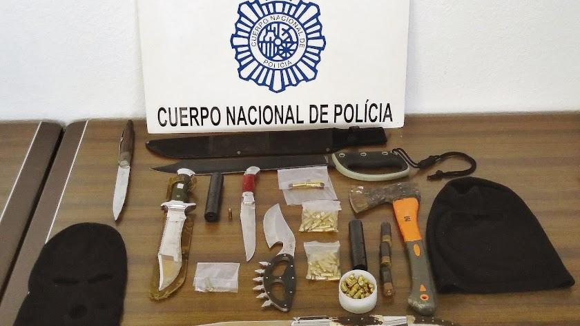 Armas blancas de la Operación Sinse
