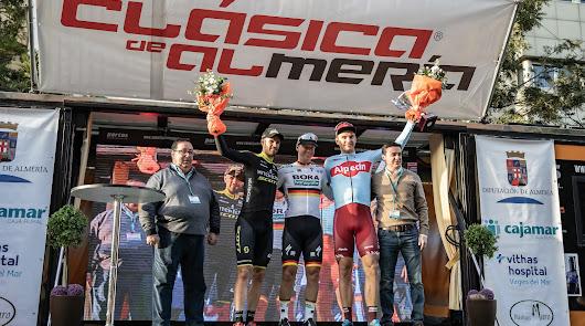 El podio de 2019 con tres escuadras de primer nivel.