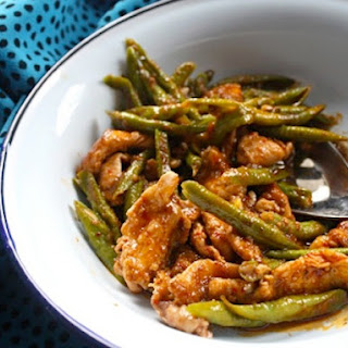 Chicken Red Curry Stir-Fry with Green Beans.