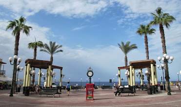 Photo: 512 St Paul Bay.Qawra, ville, Bugibba square, place piétonne, bord de mer