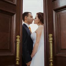 Wedding photographer Anastasiya Polyakova (TayaPolykova). Photo of 03.10.2014