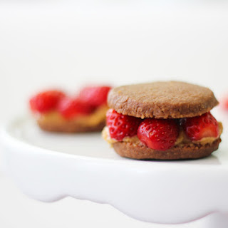 Strawberry Peanut Butter Cookie Sandwiches
