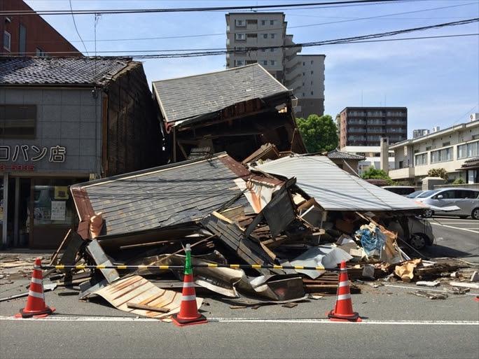 【熊本地震】がれきの下から周り励ます「みんなも頑張らなんよ」