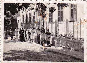Photo: a zárda előtt