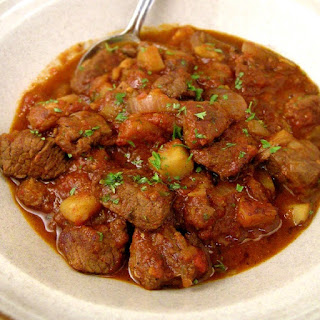 Hungarian Goulash in Slow Cooker