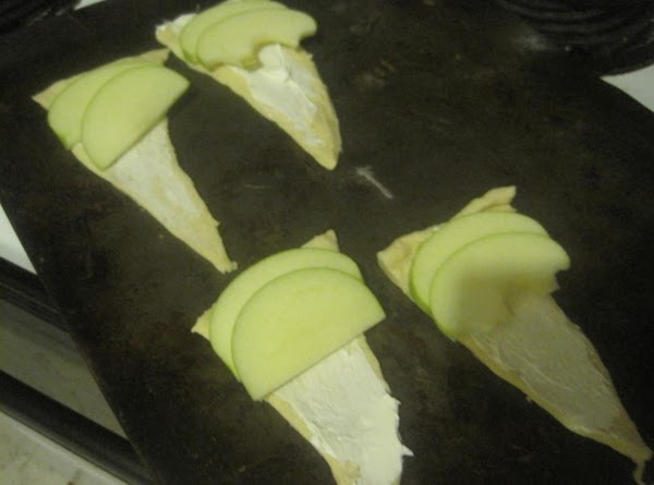 Top each with a couple slices of apple. I used a granny smith. (it...