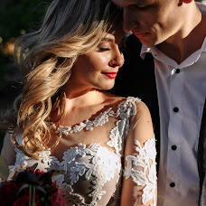 Wedding photographer Karina Bondarenko (Bondarenkokarin). Photo of 16.02.2018