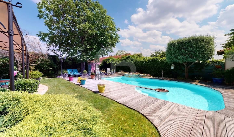 Maison avec jardin Thiais