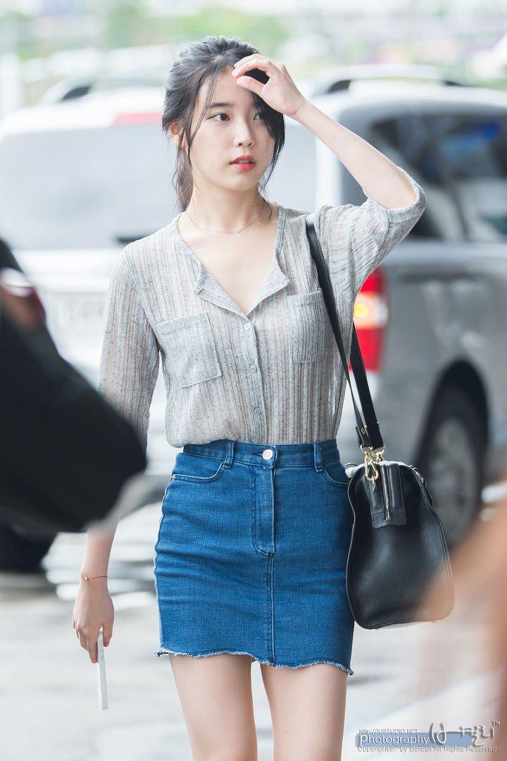 IUs-beautiful-and-neat-fashion-style-11