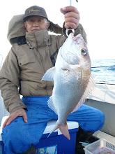 Photo: ナイス真鯛!3kgオーバー! やったね!ヤマグチさん!