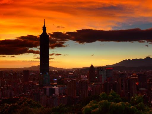 101 大樓的美麗晚霞火燒雲