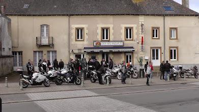 Photo: Halte du matin, café-croissant