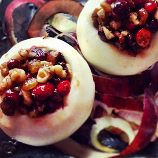 Baked Apples With Cranberries, Raisins And Walnuts